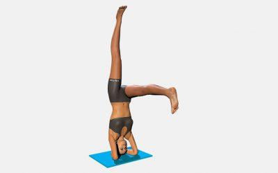 Eka Pada Sirsasana (variation 1) one leg horizontal